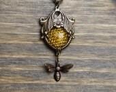 Art Nouveau Honeycomb Necklace