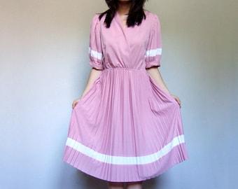 70s Puff Sleeve Summer Dress Dusty Rose Pink White V Neck Day Dress Accordion Pleat Dress - Small Medium S M