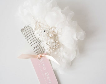 Bridal hair comb, Wedding Hair Accessory, Hair Accessories, Bridal Adornment, Lace hair comb - Style 324