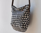 SMALL DAY BAG - triangle