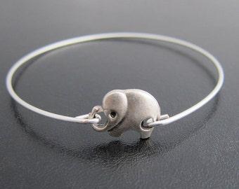 Silver Elephant Bracelet, Elephant Jewelry, Animal Lover Gift, Animal Jewelry, Elephant Charm Bangle Bracelet, Baby Elephant Bangle Bracelet