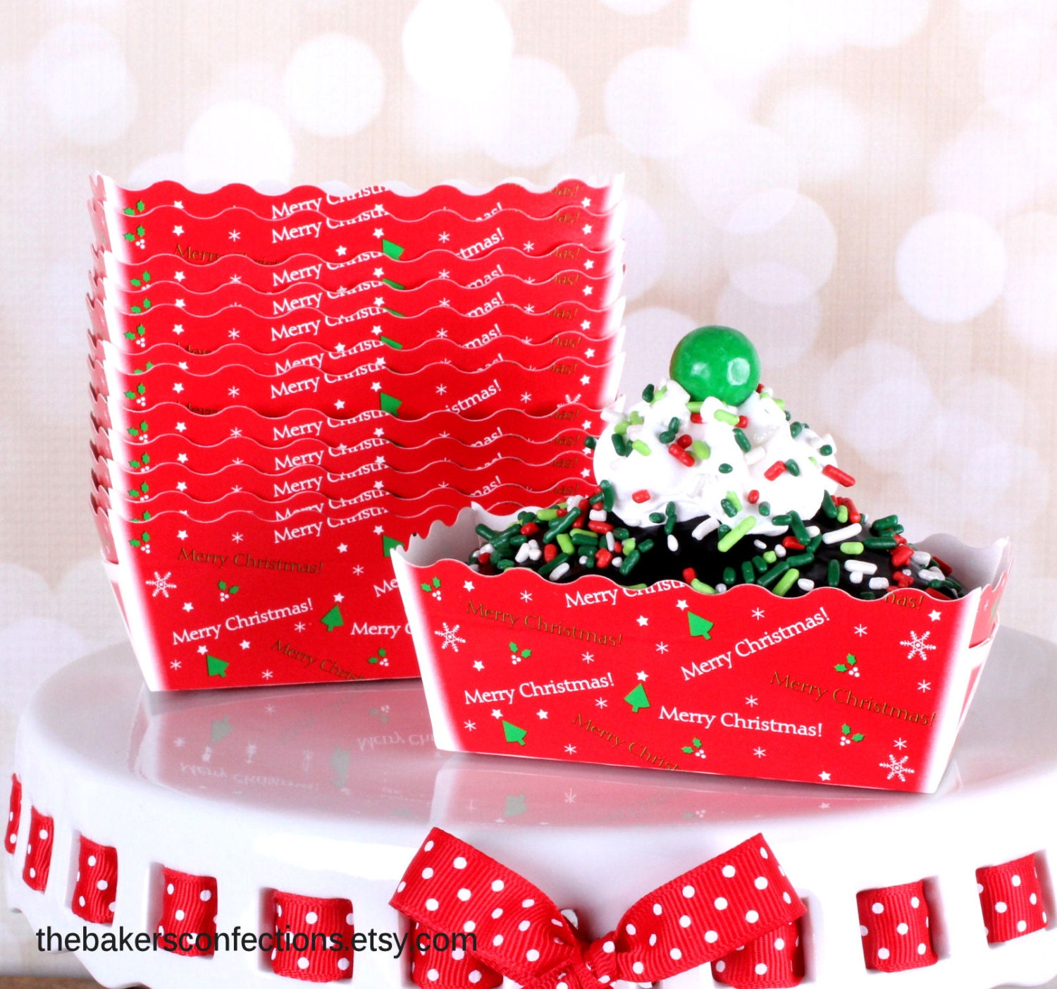 Mini Christmas Loaf Baking Pans In Red With Merry Christmas