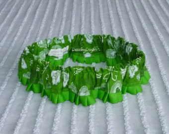 """Four Leaf Clover Dog Scrunchie Collar with pleated trim  - Size XL: 18"""" to 20"""" neck - TrY Me PRiCe"""