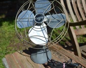 Vintage ESKIMO Metal Desktop Fan