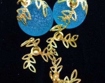 20pcs - bright gold plated - filigree leaves - Glue on bead caps - glue on bails