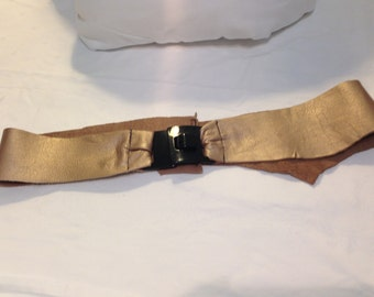 Metallic Gold or Winter Green Leather belts with silver or black plastic buckle