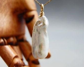 Yara - OOAK, Iridescent White Stick Pearl Pendant, large pearl, pendant, pendant necklace, wedding fashion, Bridal wear, for her, gift idea