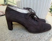 Donald J. Pleiner Designer Brown Suede Shoes Size 10