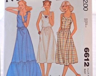 Yoked Pullover Sundress Pattern, Young Juniors Teen Size 5-6, McCall's 6612 UNCUT