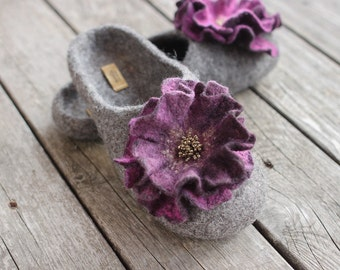 Women felted slippers grey home shoes wool slippers purple flower woolen clogs winter shoes Christmas gift - handmade to order