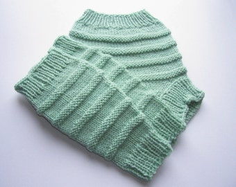 Hand Knitted Wool Cloth Diaper Cover Soaker with matching Leg Warmers Wool Diaper Wrap Wool Nappy Cover - Made to Order