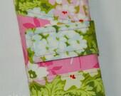 Nicey Jane Bouquet in Moss Spill Proof Interchangeable Circular DPN Knitting Needle Case Organizer Sewn in Zipper Pocket