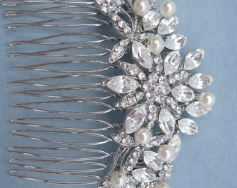 Pearl bridal hair comb wedding headpiece bridal hair accessory wedding hair comb bridal comb wedding hair jewelry bridal accessories wedding