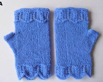 Fingerless gloves. Wool.  Royal blue color.   Lace cuffs.  Hand knit  Ready to ship