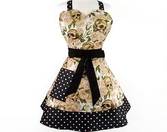 Sweetheart Cream Skulls and Roses 2 Tier Apron