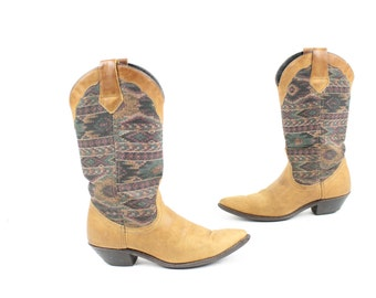 Vintage 80s Tapestry Leather Boots Southwestern Cowboy Boots Western Pointed Toes Dingo Womens Footwear Shoes Size 5.5