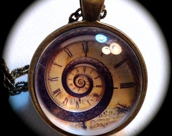 SPIRAL CLOCK FACE . Glass Pendant Necklace . Steampunk . GirlGameGeek
