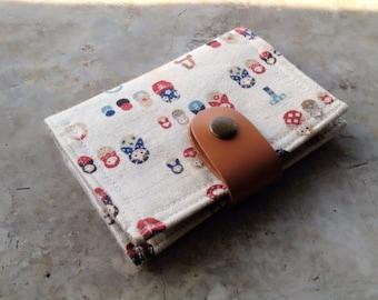 Card Organizer -  Russian doll Matryoshka (20 pockets card holder included)