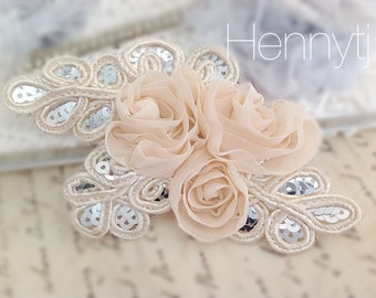 "NEW: ""CREAM"" Chiffon and Sequins Leaf Polyester Fabric Rose Appliques. Hair accessories"
