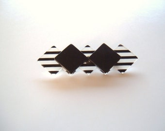 Plastic brooch stripes in black and clear white geometric mod vintage