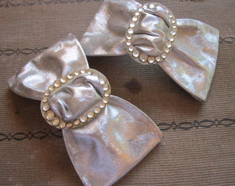 vintage BOW slides - shoe bows - silver with faux pearl and rhinestone buckles