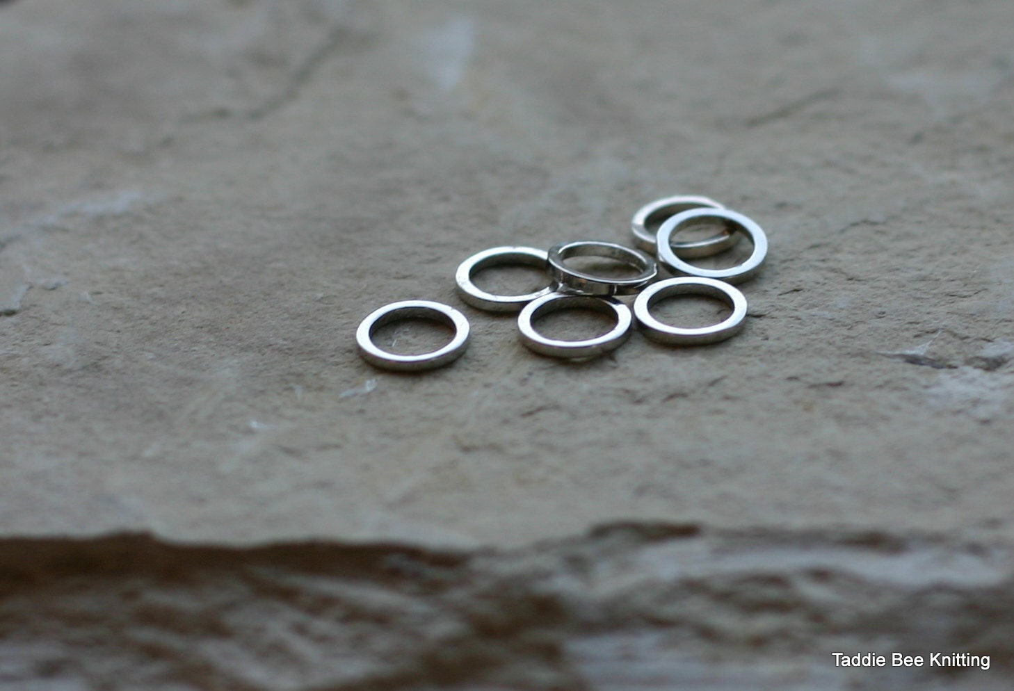 Knitting Stitch Marker Rings : Seven stitch markers stainless steel rings for knitting