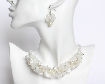 Bridal White Necklace / Pure White Pearl Cluster Necklace and Earrings Set
