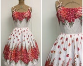 Reserved // 1950s Novelty Print Dress 50s Border Print