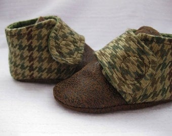 SALE Boys shoes baby boy shoes green and brown houndstooth shoes- Joseph