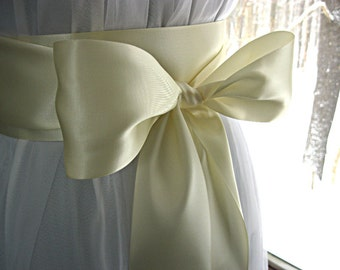 Ivory wedding sash, bridal sash, bridesmaid sash, bridal belt, dress sash, gown sash, Communion dress sash, 3 inch satin