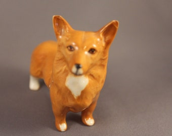 the Pembroke Welsh Corgi, vintage Dog Figurine - Beswick, England