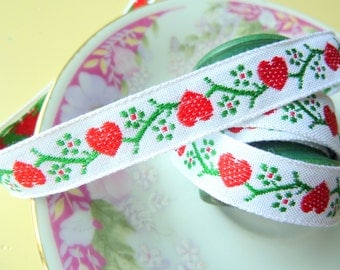 Floral Vintage Jacquard Ribbon, Red Heart Green Flowers on White, Christmas Ribbon, Xmas Holiday Sewing Trim, 3 Yards