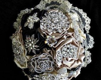 Custom  brooch bridal bouquet, black & champagne wedding brooch bouquet, forever bouquet, jewelry bouquet, rhinestone crystal bouquet