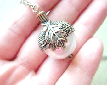 Acorn Necklace, Autumn Jewelry, Fall Necklace