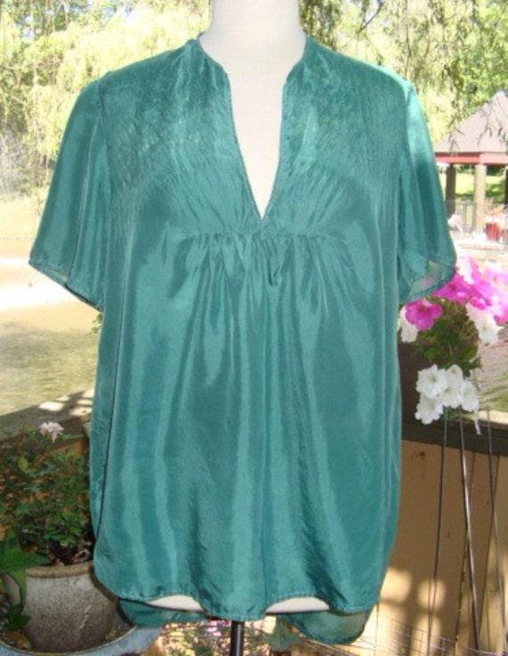 green silk tunic topsize medium - large
