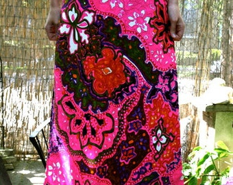 Vintage 70s Pink Paisley Maxi Skirt