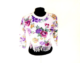 Vintage 90's Fringed Floral Cropped Sweater with Inside-Out Texture by Sostanza Size Medium