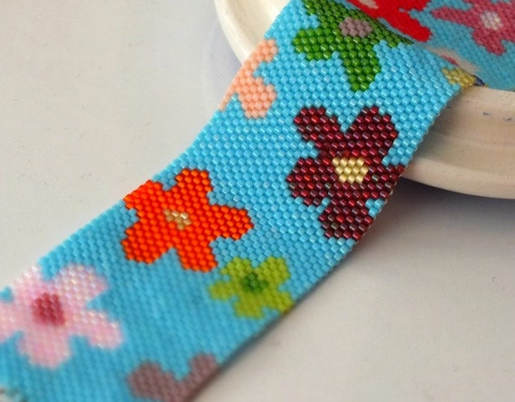 Peyote Cuff Bracelet, Floral Garden Peyote Cuff, Nature Inspired, Floral Bracelet, Spring Floral Handwoven Cuff Bracelet, Spring Fashion