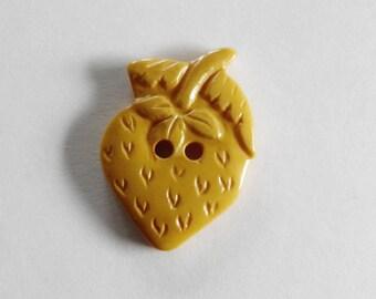 Cream Corn Bakelite Button Realistic Strawberry