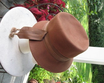 Brimmed Hat with Ribbon Tassels / 100% Wool RITZ Henry Pollak NY / Union Made Hat / MOD Hat / Stylin Hat