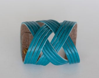 Turquoise blue leather cuff, blue bracelet - Free Shipping - the Jazz