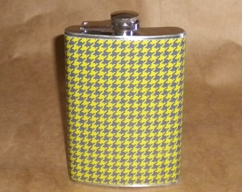 SALE Flask Green and Navy Houndstooth Print Stainless Steel Gift Flask 8 Ounces KR2D 7347