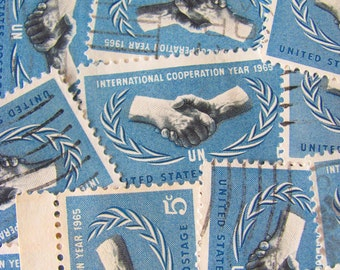 Hand Shake 30 Vintage US Postage Stamps United Nations International Cooperation 5c World Peace Blue Shaking Hands Laurel Scrapbooking Hand