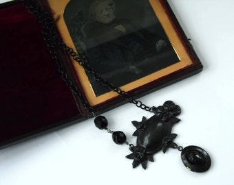 Neo Victorian Black Gothic Mourning Acorn Locket Necklace - MOURNING - Ltd Ed of 2 - Etsy uk