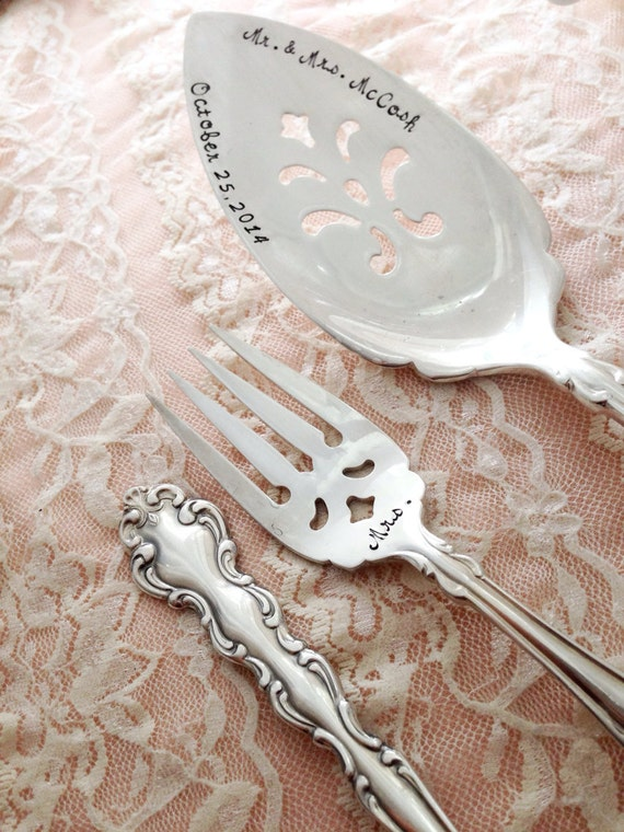 vintage wedding cake serving set mr amp mrs forks and cake server set vintage wedding 21611