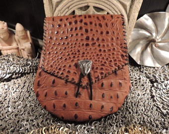 Dragon eye belt pouch (Brown Dragonscale)