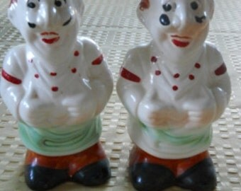Chef Salt and Pepper Shakers - Vintage, Collectible