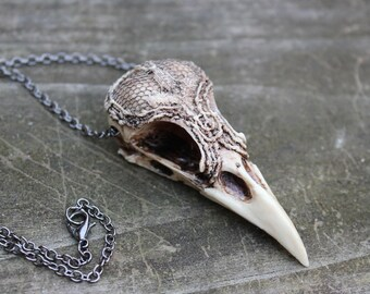 lacy magpie bird skull necklace