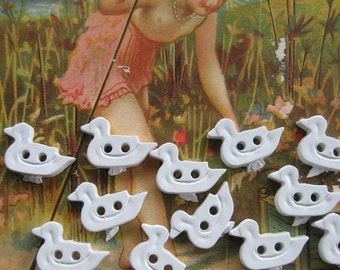 20 Little Duck Buttons all in a Row...vintage new old stock...1950...lot of 20...children or dolls.