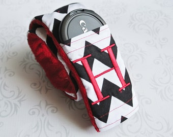Camera Strap Cover with Lens Cap Pocket - Padded Minky - Photographer Gift - Black and White Chevron with Red